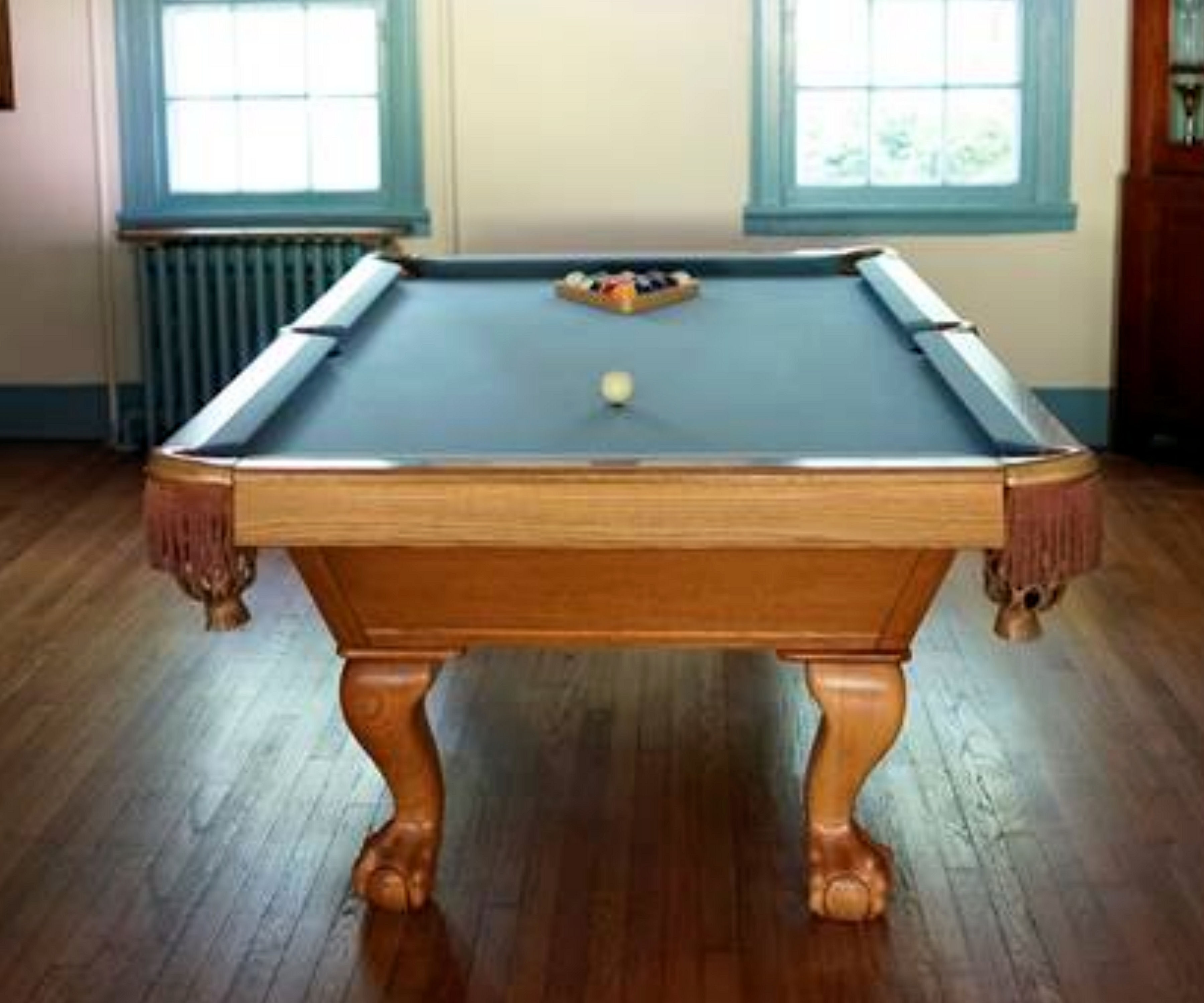 SOLD Pre Owned Ft Brunswick Pool Table IMMEDIATE DELIVERY - 8ft brunswick pool table